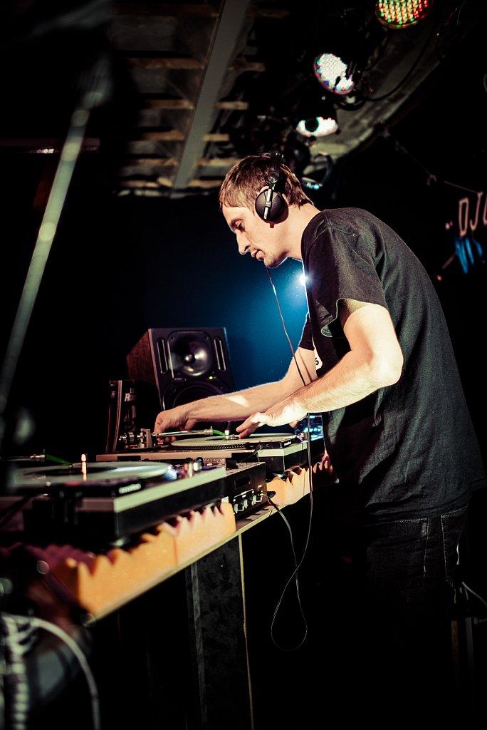 DJ X-Cut
